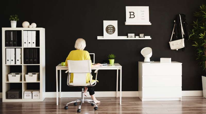 businesswoman-working-at-funky-happy-home-office
