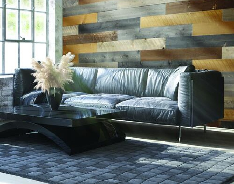 living-room-mixed-color-accent-wall