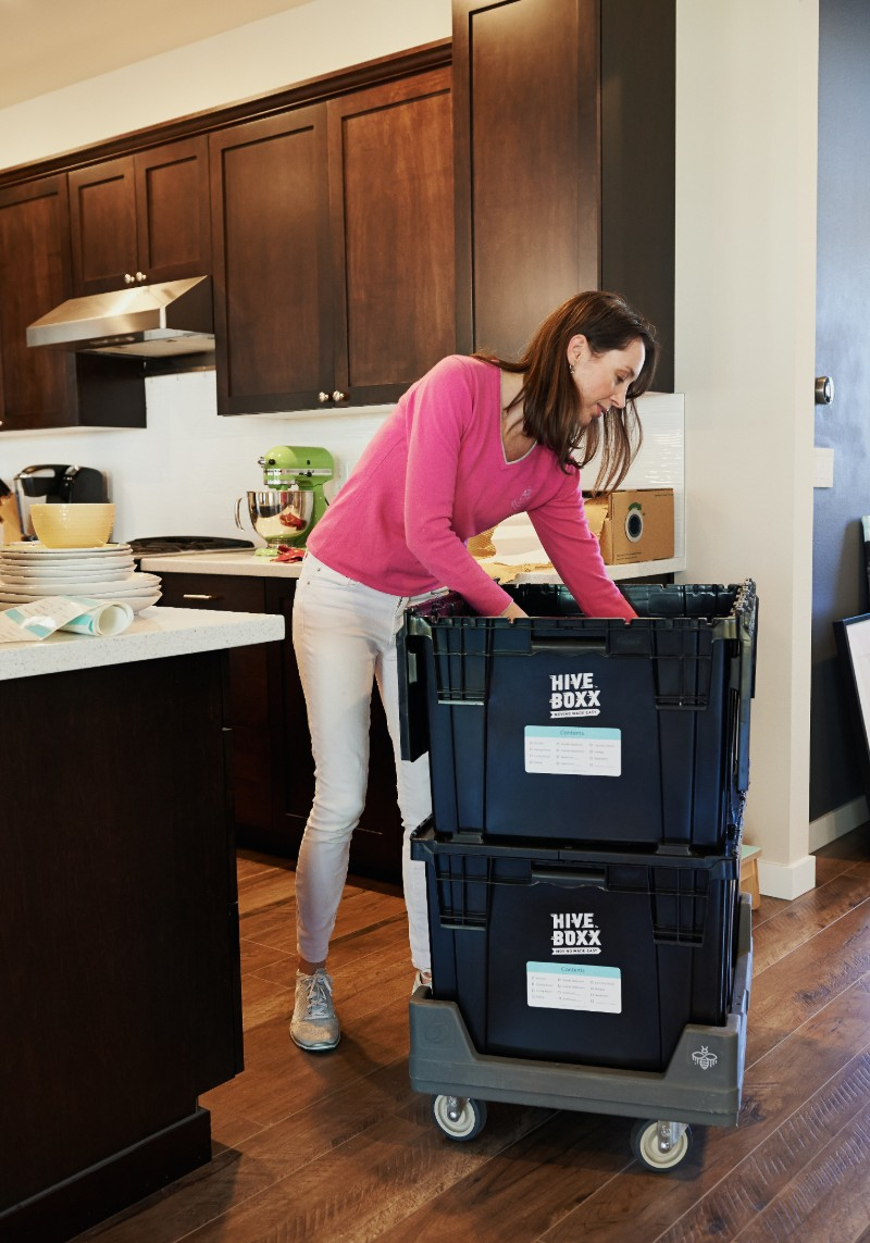 hive-boxx-packing-kitchen-to-move