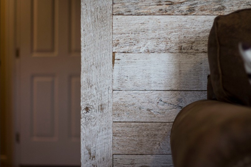 southend-reclaimed-derby-wood-paneling-light-rustic