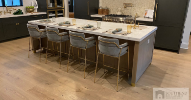 southend-reclaimed-hand-distressed-european-white-oak-ids-charlotte-charity-showhouse-modern-kitchen